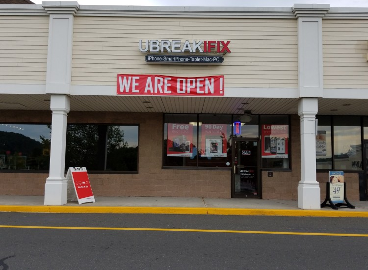 uBreakiFix Brookfield, CT