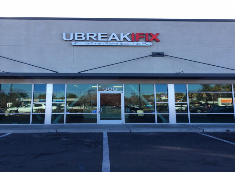 uBreakiFix Citrus Heights Store Photo 2