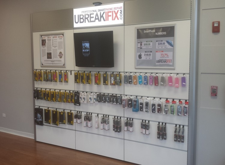 uBreakiFix Geneva Store Photo 4
