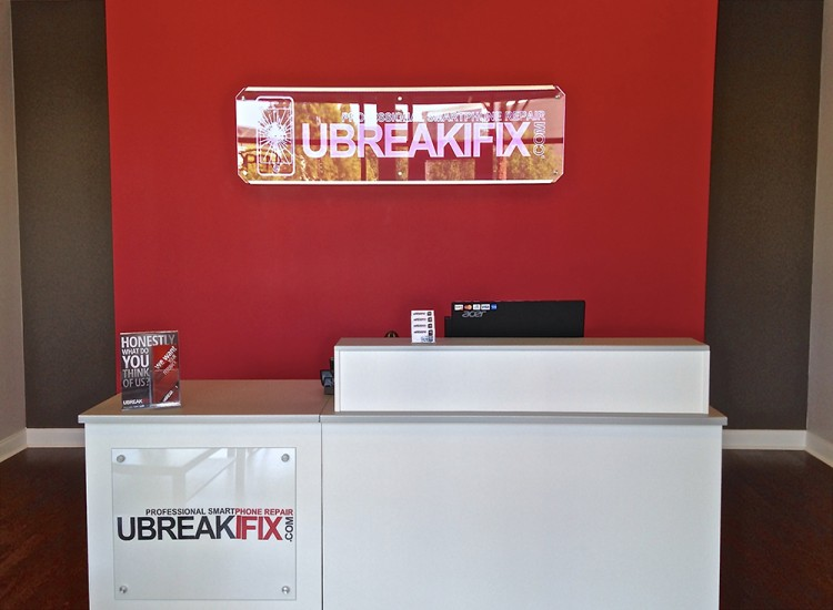uBreakiFix Little Rock Store Photo 5