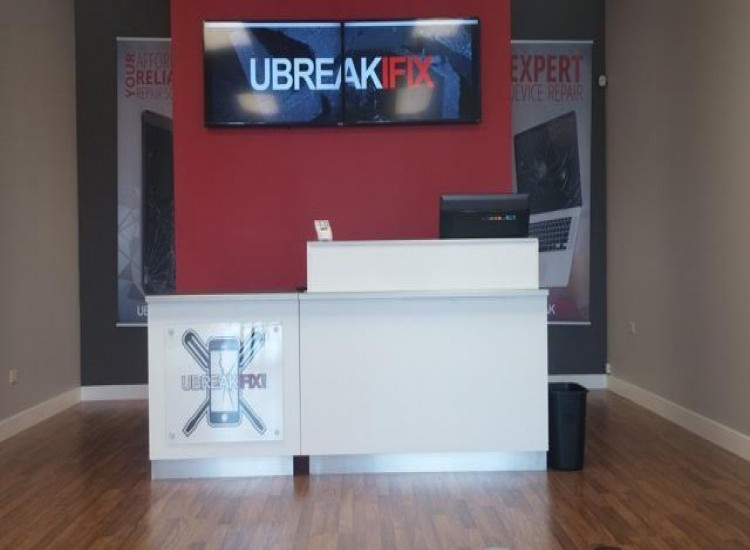 uBreakiFix Montgomery Store Photo 2