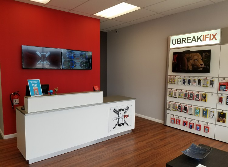 uBreakiFix Port Jefferson